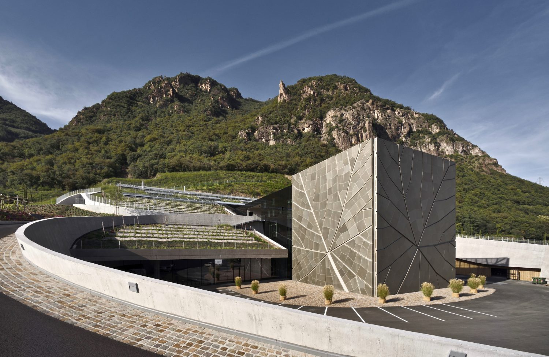 Cantina Bolzano / Kellerai Bozen: Lagrein and more