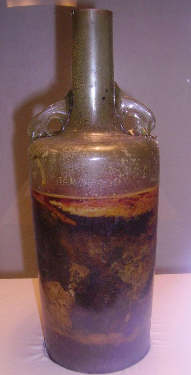 Glass facts - the Speyer Wine Bottle